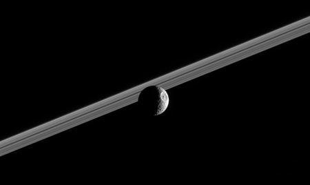 Der Todesstern am Saturn